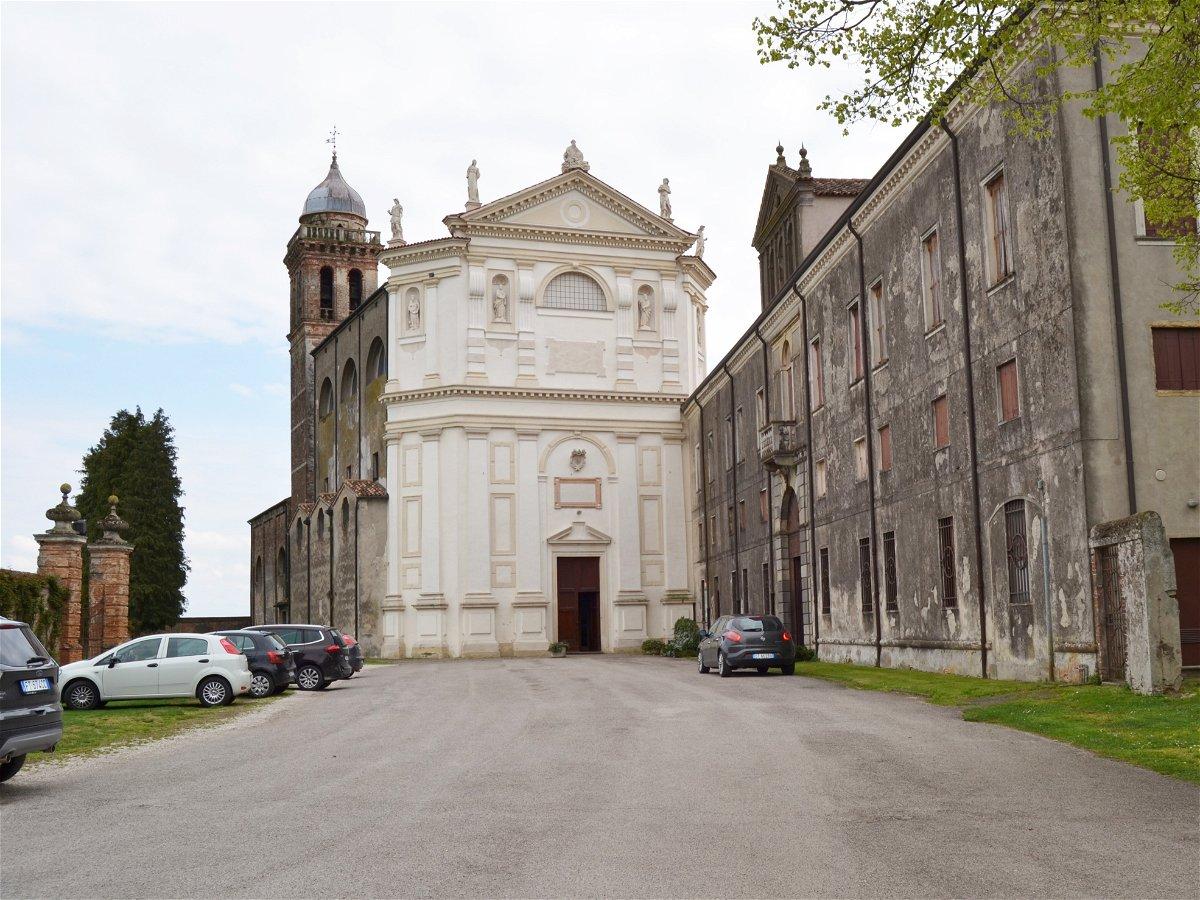 Visita all'Abbazia di Santa Maria delle Carceri e Museo di ...