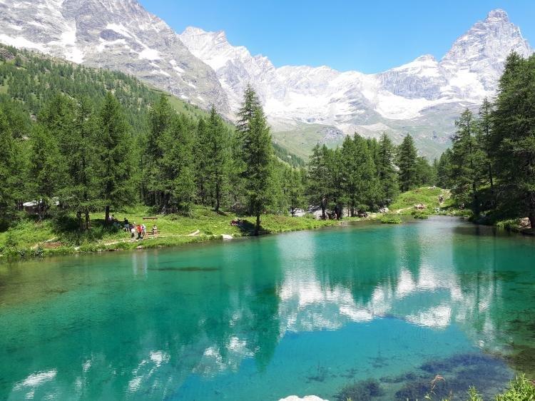 Valle d'Aosta: alla scoperta del lago Blu e del monte Cervino