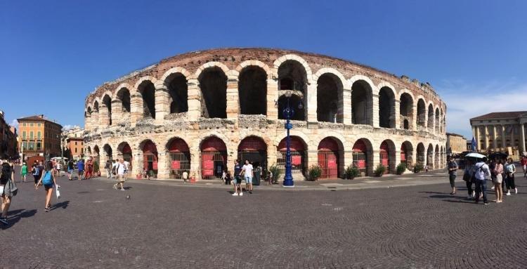 Verona: capitale dell'amore travagliato