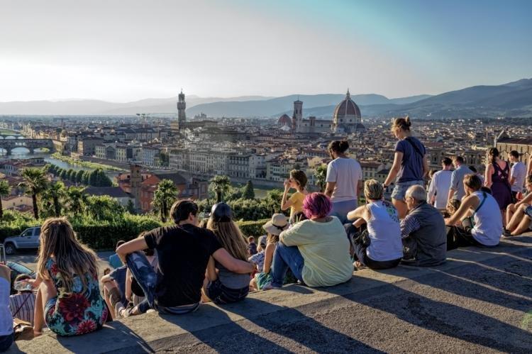 Piazzale Michelangelo a Firenze: descrizione, cosa vedere e informazioni utili