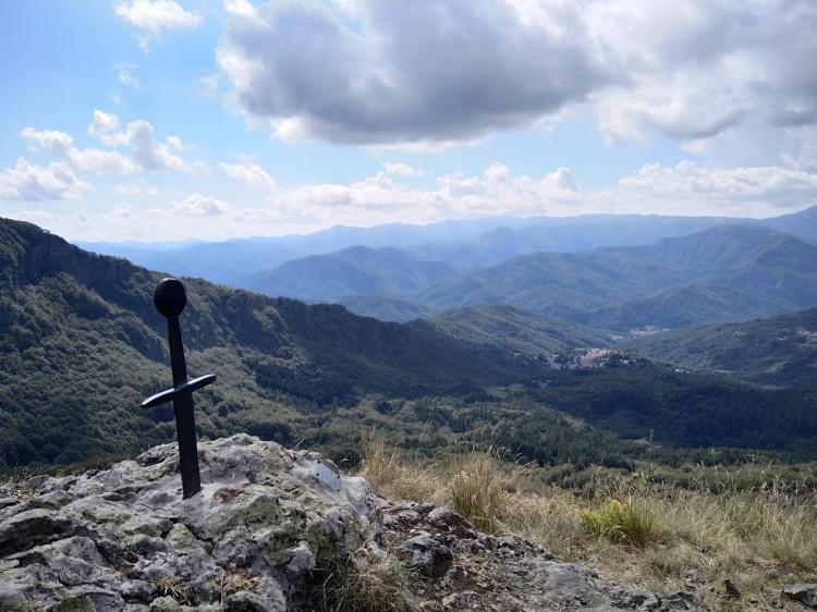 Monte Gifarco: la spada nella roccia
