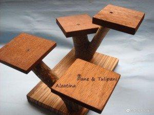 Alzatina di legno a 4 posti