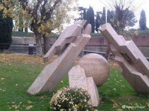 Monumento ai caduti dell'aeronautica a Peschiera del Garda