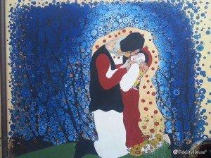 Imitazione del bacio di Gustav Klimt a Lanusei