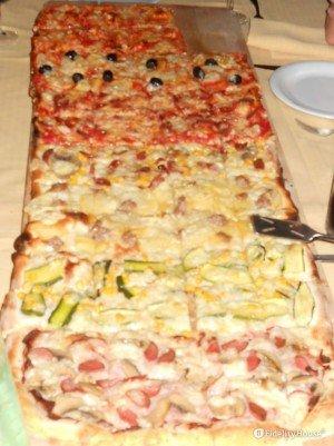 Un metro di pizza per tutti