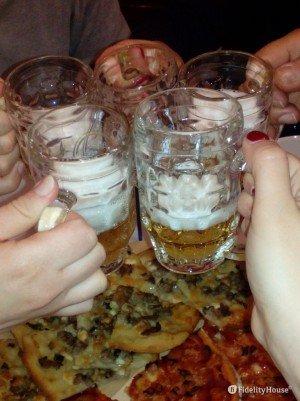 Pizza e birra in compagnia!