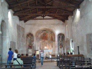 Interno della chiesa S. Pietro in Mavina, Sirmione (BS)