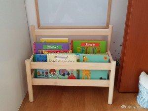 Libreria in stile Montessori