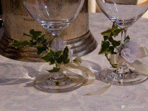 Decorazione bicchieri per il brindisi degli sposi
