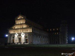 Pisa: Piazza dei Miracoli la notte di Pasqua