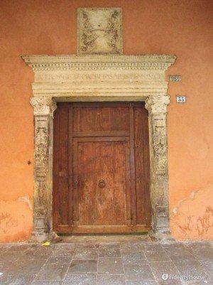 Portone in via Bartolomeo Cristofori – Padova