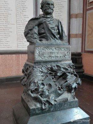 Tomba di Giuseppe Verdi, Milano