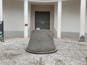 Monumento a Massimo Troisi