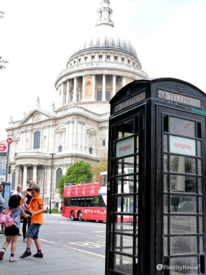 Cabina telefonica nera a Londra