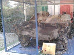 Relitto macchina di scorta a G. Falcone, esposto a Peschiera del Garda