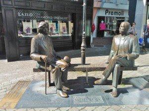 Monumento ad Oscar Wilde e Eduard Wilde