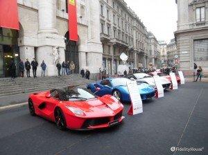 Parata di Ferrari alla Borsa di Milano