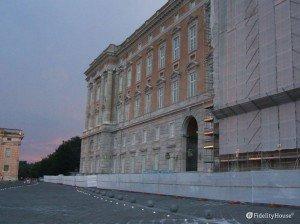 La facciata anteriore della Reggia di Caserta!