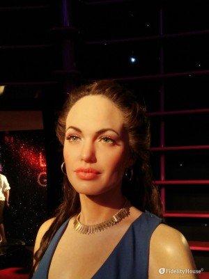 La bellissima Angelina Jolie al Madame Tussauds di Vienna