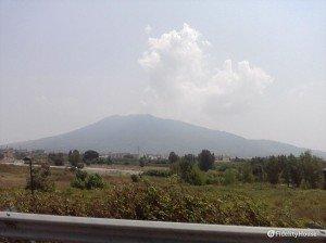 Il Vesuvio visto dall'autostrada