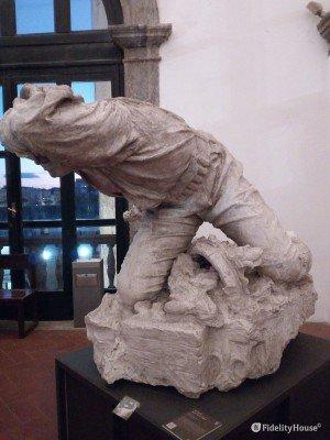 """""""Antonio Toscano a Vigliena"""", scultura al Maschio Angioino"""