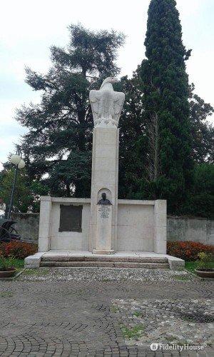 Monumento al generale Achille Papa – Desenzano del Garda