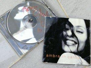 Ambra Angiolini, In canto
