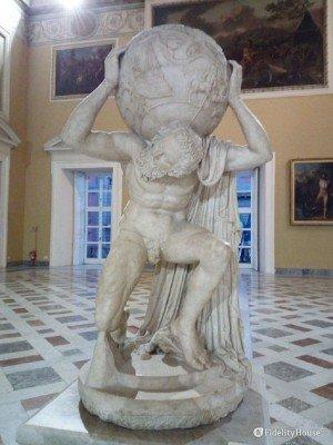 """""""Atlante Farnese"""", al Museo Archeologico Nazionale di Napoli"""