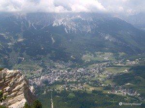 Cortina d'Ampezzo vista dall'alto