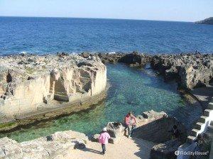 La piscina naturale di Marina Serra nel Salento