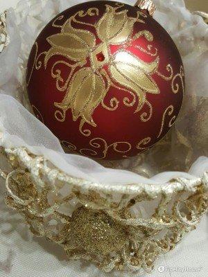 Sfera natalizia Swarovski realizzata per Telethon