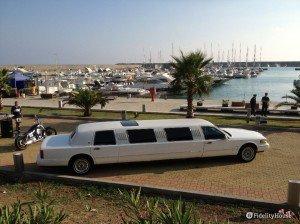 Limousine sul porto di Cetraro (CS)