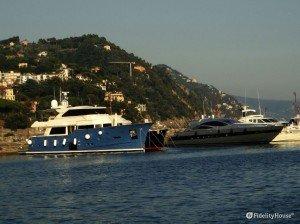 Porto di Rapallo, yachts ormeggiati