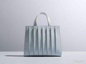 """""""Whitney Bag"""", la borsa di Max Mara e Renzo Piano"""